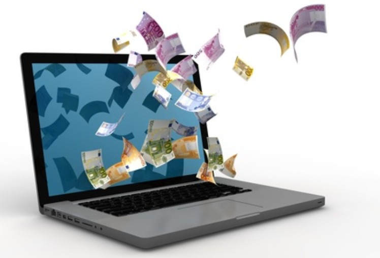 Money coming out from the screen - crear una página web para vender
