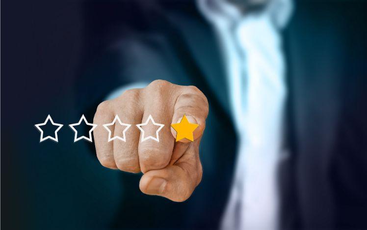 review con estrellas