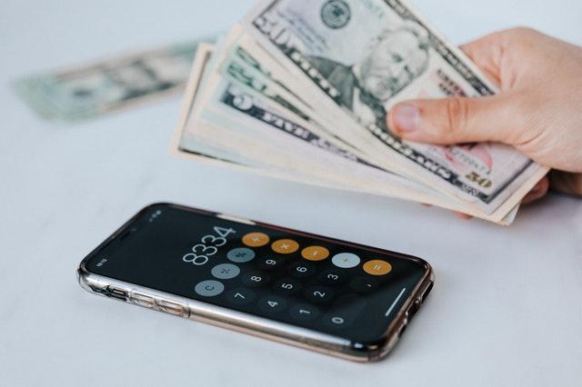 dinero y movil